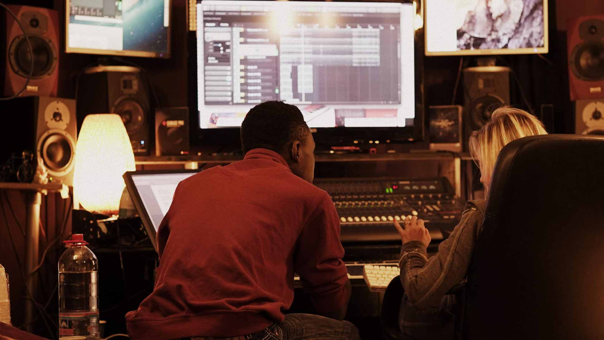 music production studio, producers, songwriters, songwriting sessions