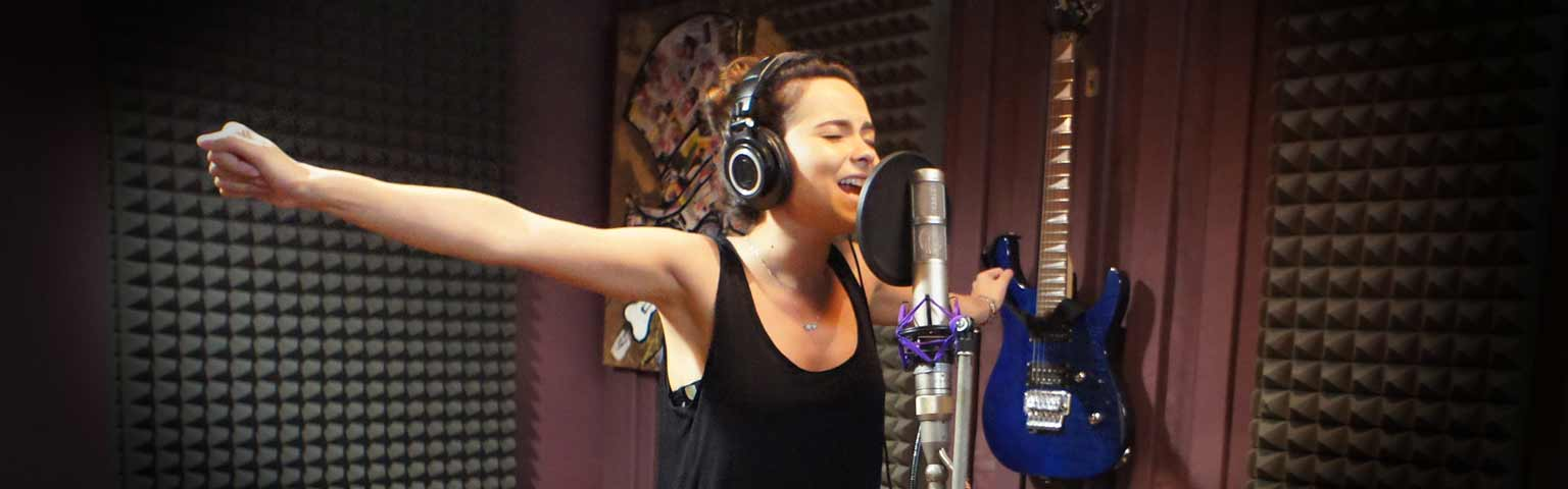 Inna recording in studio Songwriting Experts